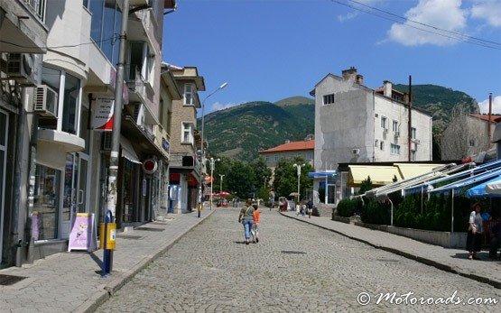Улица - Карлово