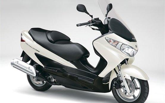 Suzuki Burgman 125cc  - аренда скутеров в Франция Марсель