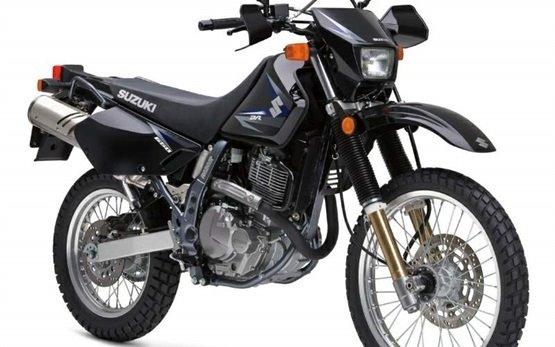 Suzuki DR 650 SE - alquilar una moto en Barcelona
