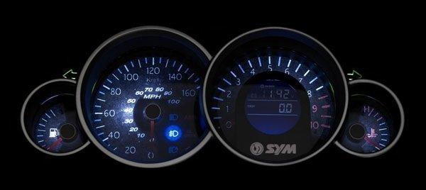 SYM GTS 300cc  - прокат скутера Нице