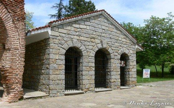 Тракийская гробница - Казанлык