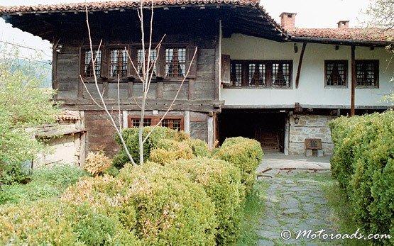 Традиционна къща в Елена