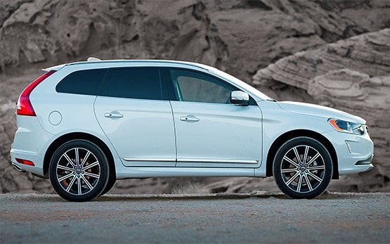 Side view - 2015 Volvo XC60 Automatic
