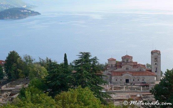 Вид на озеро Охрид