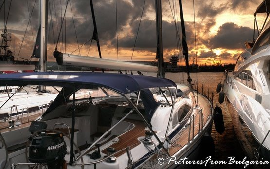 Yacht, Varna