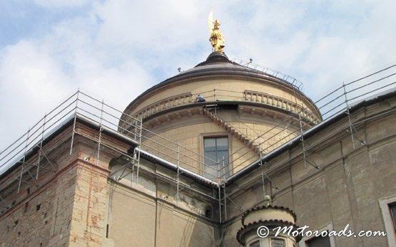 Церковь в старом городе Бергамо