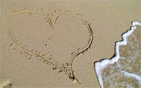 Free ecard - heart on the beach