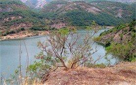 Kurdjali Lake