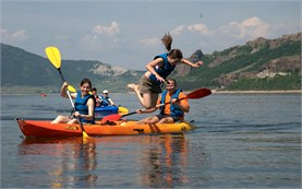 Lake kayaking - guided tours