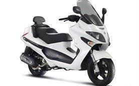 Piaggio X-EVO 125 аренда скутера - Париж