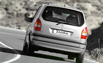 Rear view » 2001 Opel Zafira 5+2