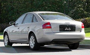 Поглед отзад » 2002 Ауди А6 Automatic