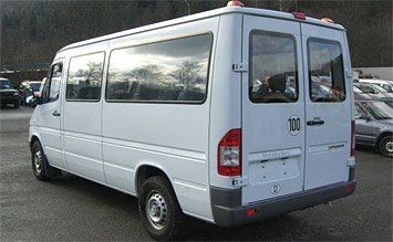 Rear view » 2004 Mercedes Sprinter 8+1
