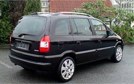 Rear view » 2004 Opel Zafira 6+1