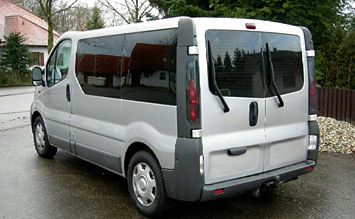Rear view » 2004 Renault Trafic