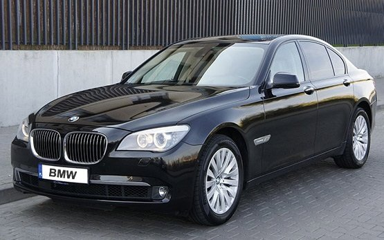 Front view » 2011 BMW 740 AUTO XD