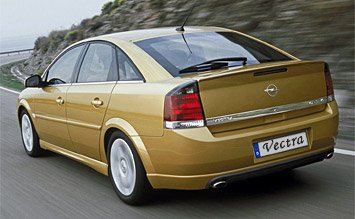 Rear view » 2005 Opel Vectra