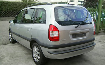Rear view » 2005 Opel Zafira 5+2