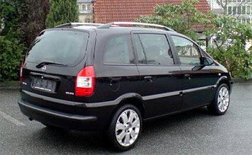Rear view » 2005 Opel Zafira 6+1