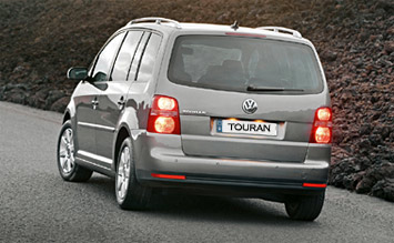 Rear  view » 2005 VW Touran