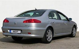 Rear view » 2007 Peugeot 607
