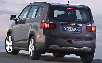 Rear view » 2011 Chevrolet Orlando 5+2