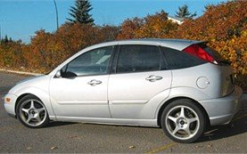 Side view » 2004 Ford Focus Hatchback