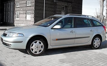 Side view » 2005 Renault Laguna