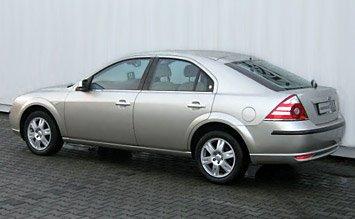 Вид сбоку » 2006 Форд Мондео 2.0