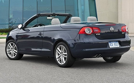 Rear view » 2009 Volkswagen Eos 2.0i FSI