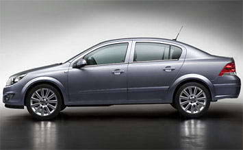 Side view » 2010 Opel Astra Sedan