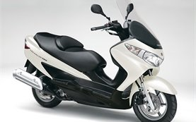 Suzuki Burgman 125cc - scooter rental in Mallorca