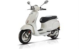 Vespa Sprint 50 - alquiler de scooters Bulgaria